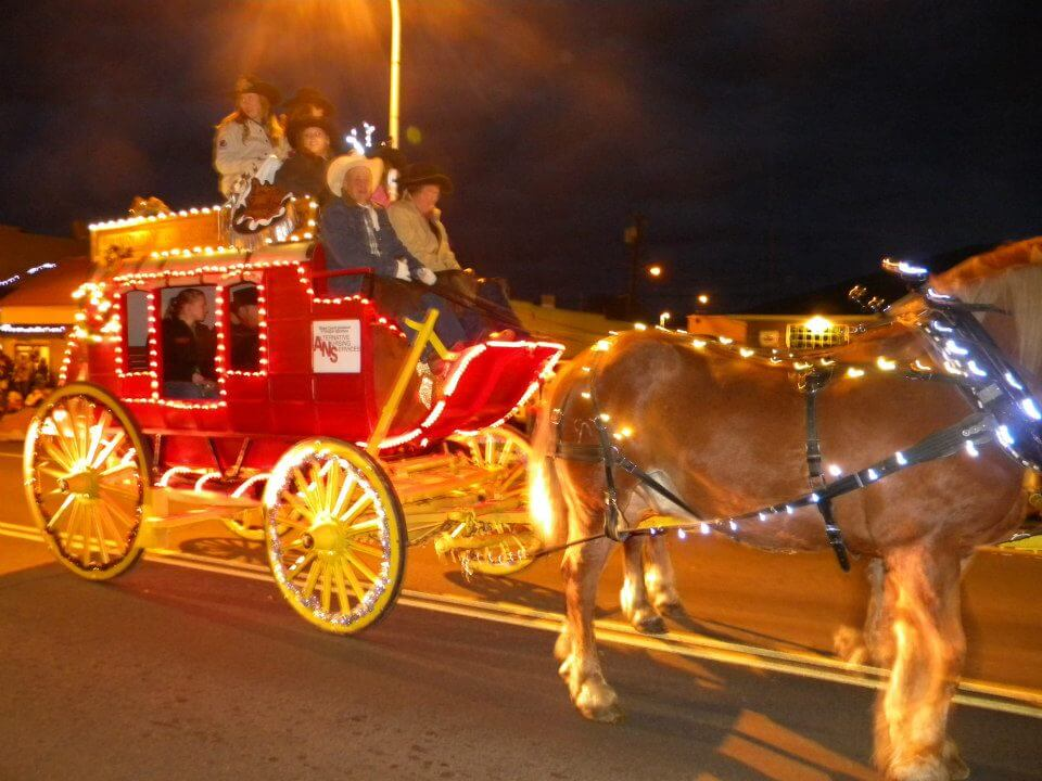 Clarkston Annual Lighted Christmas Parade - Visit LC Valley