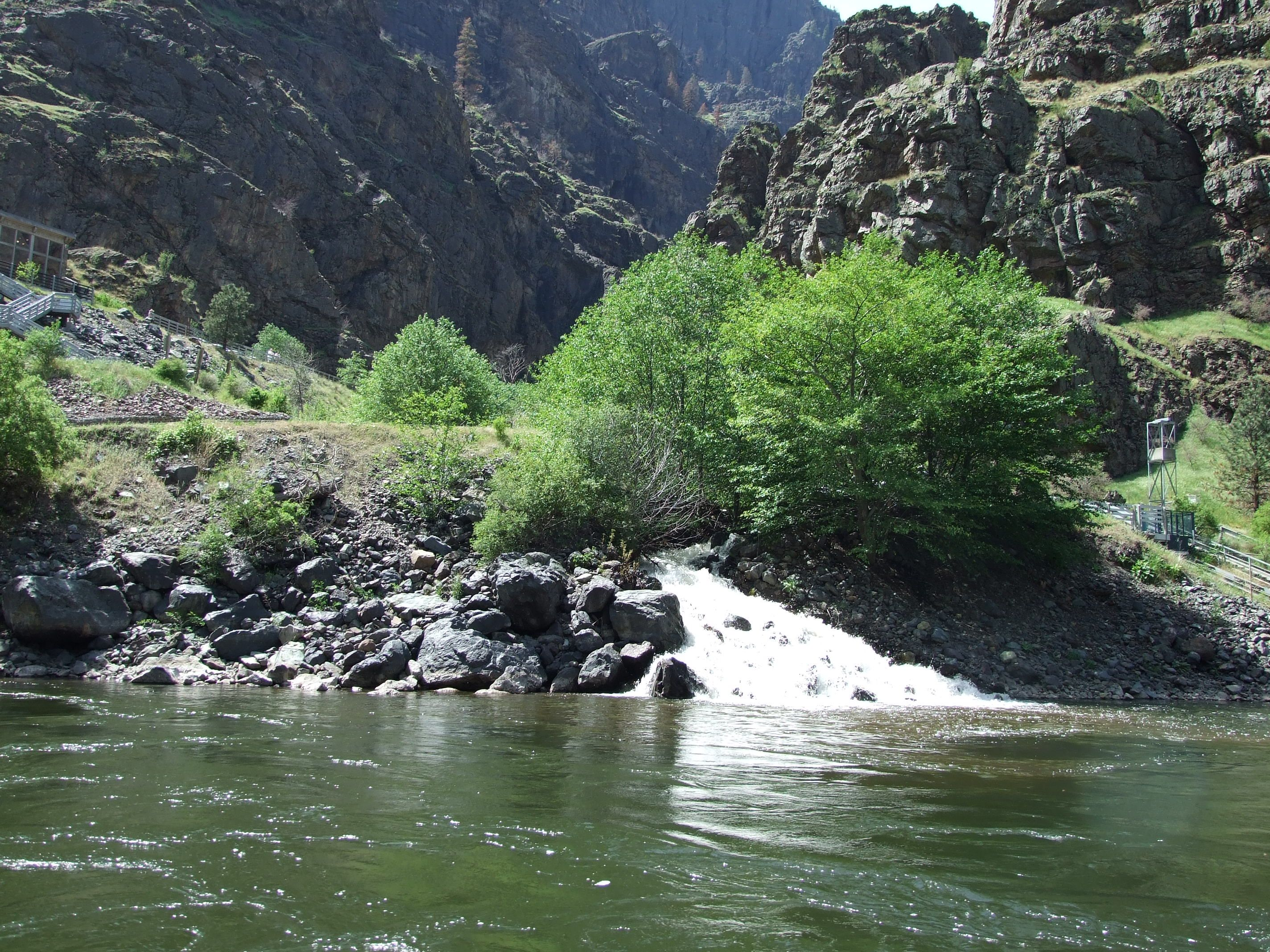 hells-canyon-pittsburg-to-dam-4-18-08-096
