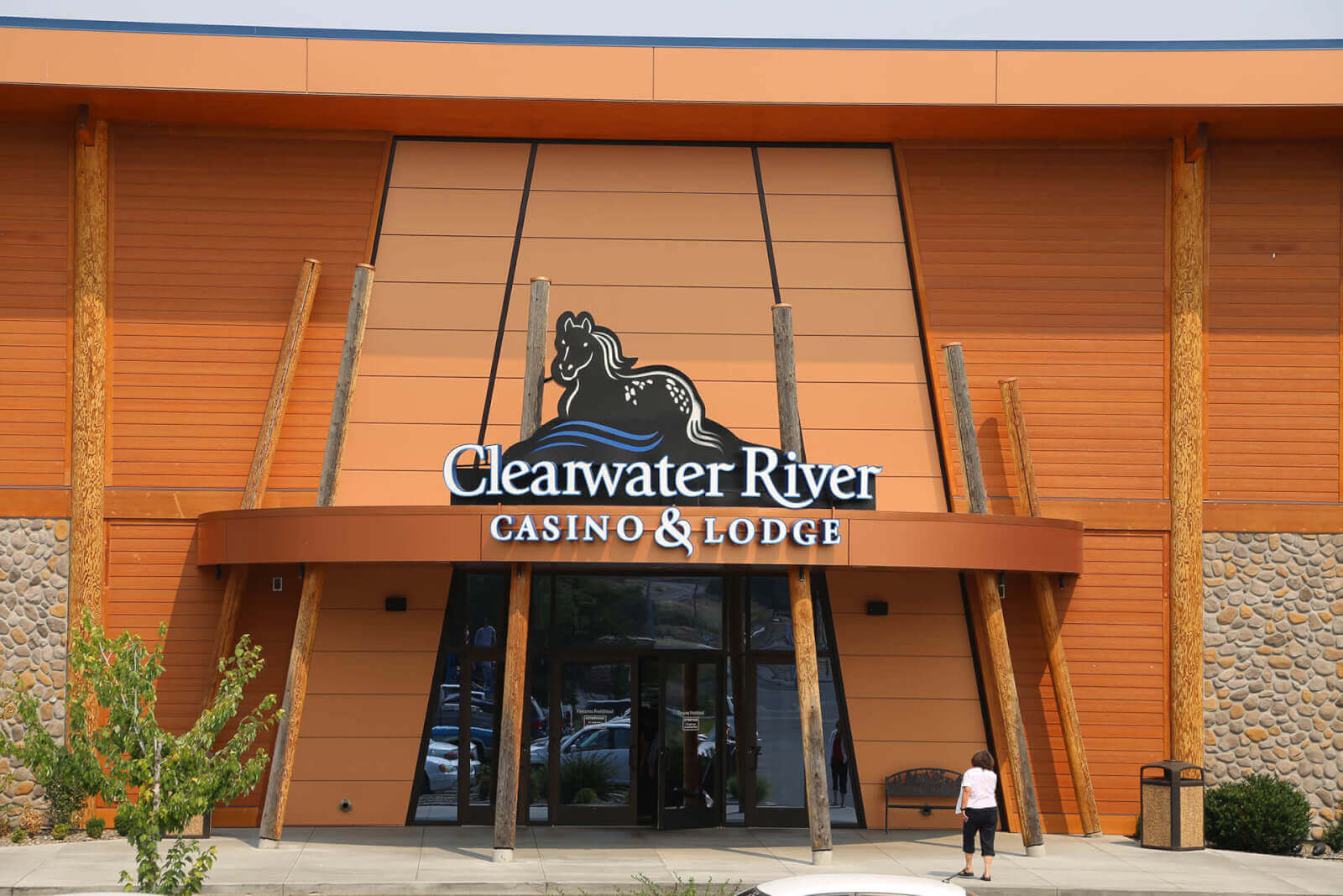 Rivers Casino Players Club Hours
